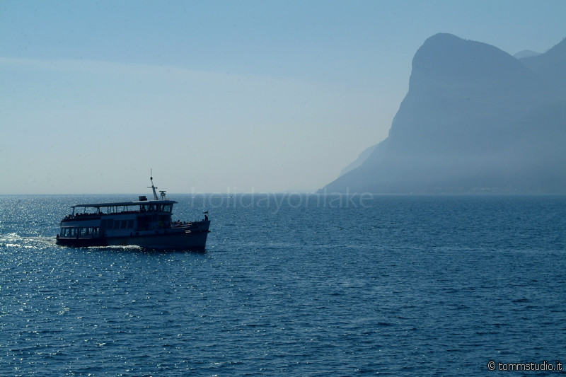navigare sul lago di Garda